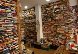 TUUU librería (Madrid), donde tú decides el precio de los libros que te llevas