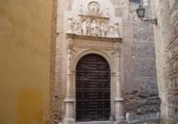 El autógrafo de Bécquer en la portada plateresca delconvento de San Clemente el Real de Toledo