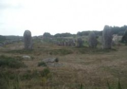 Descripción de los Alineamientos megalíticos de Carnac en la Bretaña Francesa (2 de 3)