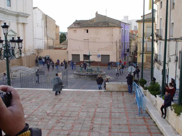 Plaza de la Iglesia en Ibi antes de la batalla de les Enfarinats_600x450