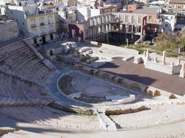 Frontal escénico y gradas del Teatro Romano de Cartagena