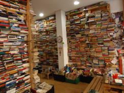 Tuuu librer a madrid donde t decides el precio de los libros que te llevas la cantimplora - Librerias a medida en madrid ...