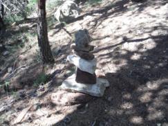 Montículo de piedras en Sierra Espadán(Castellón)_243x182