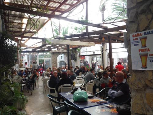 Bar en el Mercadillo El Cisne_500x375