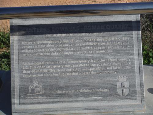 Cartel de los restos de una cantera romana del siglo II a. C._500x375