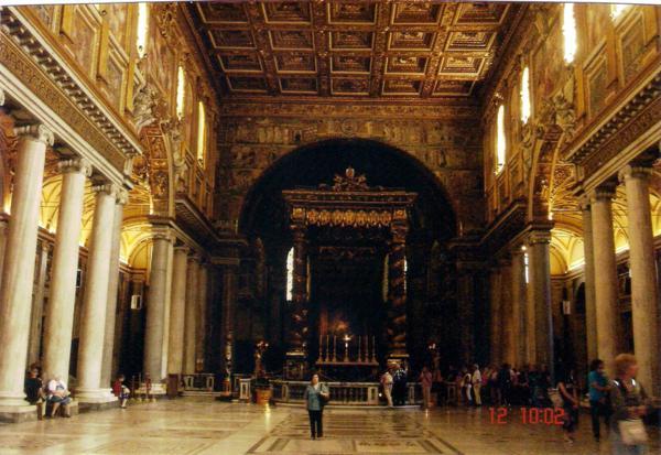 Interior de la Basílica de Santa María la Mayor (Roma)_600x413