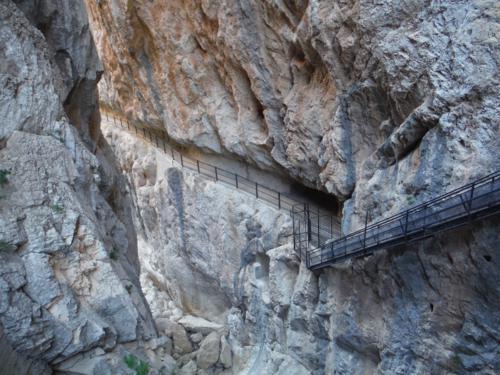 Camino a la presa de Isbert desde el otro lado (1)_500x375