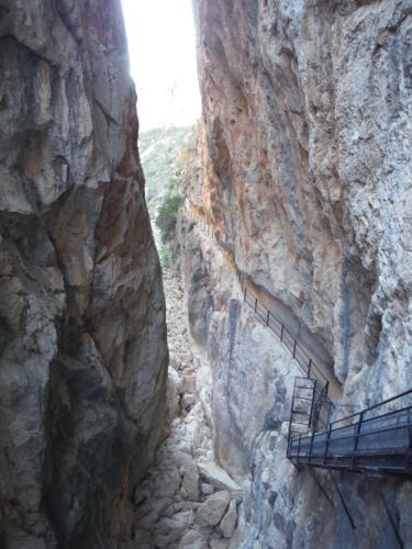 Camino a la presa de Isbert desde el otro lado (2)_375x500
