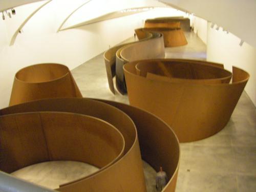Instalación permanente de Richard Serra de la exposición The Matter of Time en el Guggenheim de Bilbao_500x375
