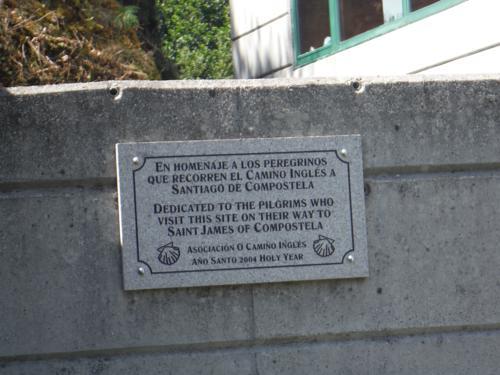 Placa en el Albergue de Hospital del Bruma. De Betanzos a Hospital de Bruma