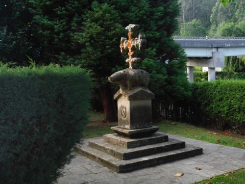 Símbolo de los Andrade que se puede ver a lo largo del Camino. De Pontedeume a Betanzos