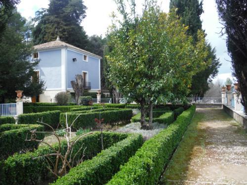 Jardín de Santos (Penáguila)